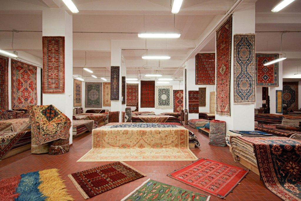 tantissimi tappeti scontati moderni e classici di qualsiasi misura e colore